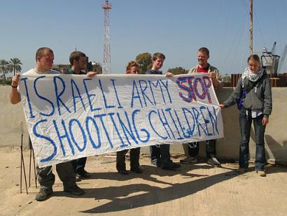 capt_1047846455_mideast_israel_palestinians_jrl108.jpg