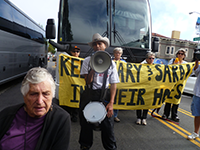 Tech Buses Blocked to Stop Evictions of Seniors and Others