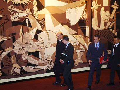 U.N. Security Council Anti-War Mural Hidden - covered-up ...