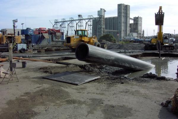muni__s_conduit_islais_creek.jpg