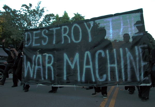 destroywarmachine_6-25-05.jpg