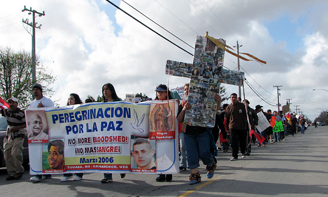 Thousand join mexico to sf march for peace in salinas for Goldstar motors salinas california
