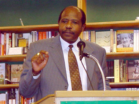 Paul Rusesabagina speaks in SF on the genocides in Rwanda ...