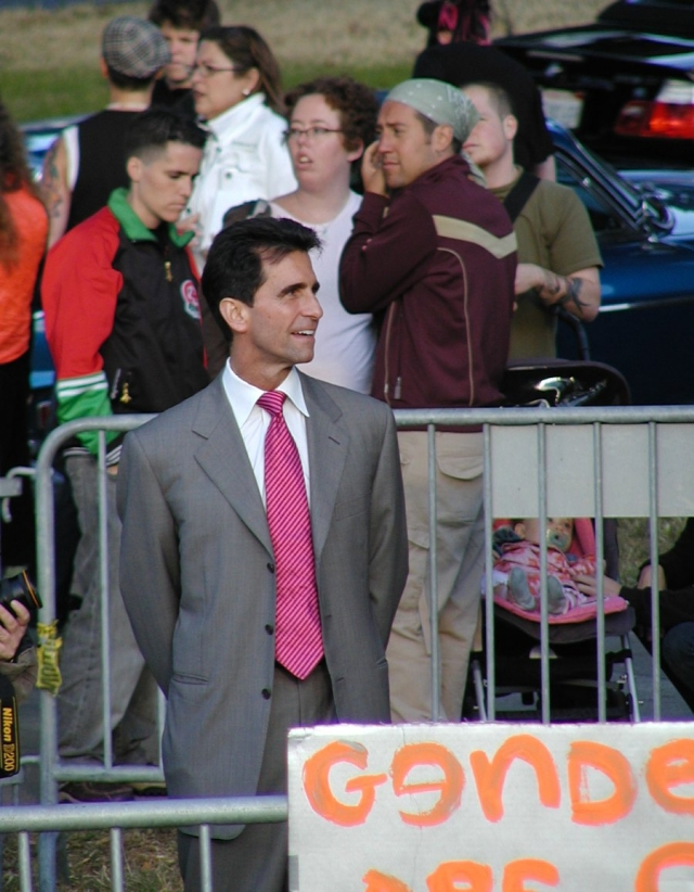 640_25_mark_leno.jpg original image ( 900x1157)