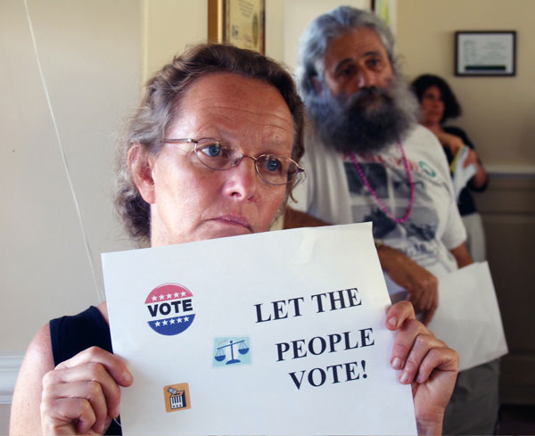 let-people-vote_7-25-06.jpg