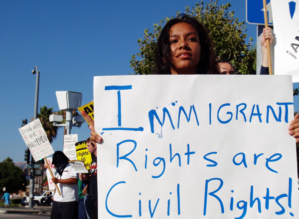 immigrant-rights_7-28-06.jpg