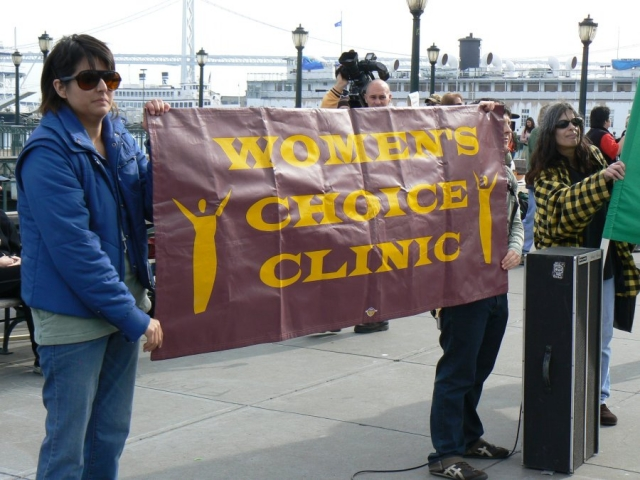 640_10_women_choice_clinic.jpg original image ( 900x675)