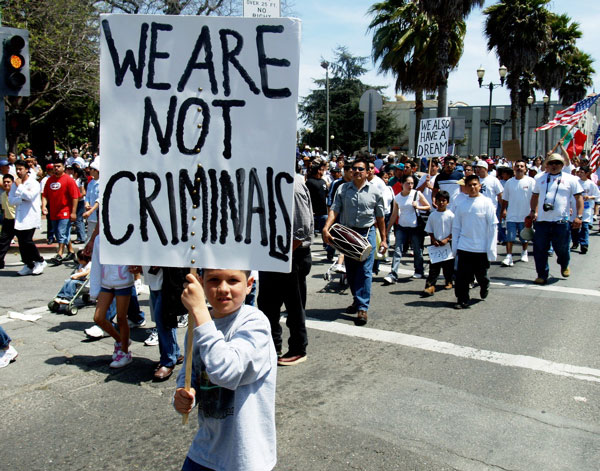 not-criminales_5-1-06.jpg