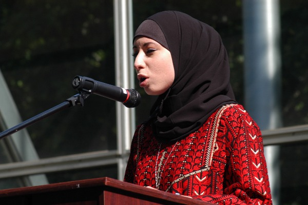 palestinian_poetry_reading_sj_20070515.jpg