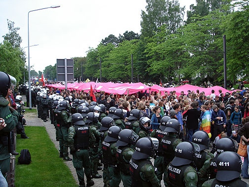 cc_j4-naked-pink-and-cops.jpg