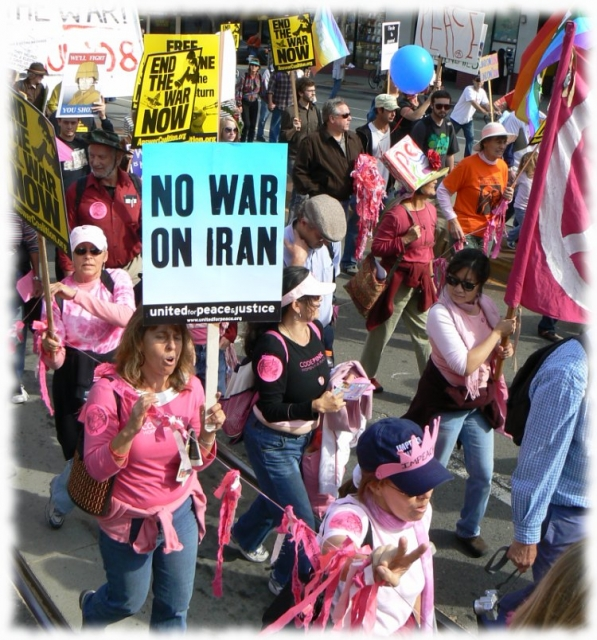 640_11_no_war_on_iran.jpg