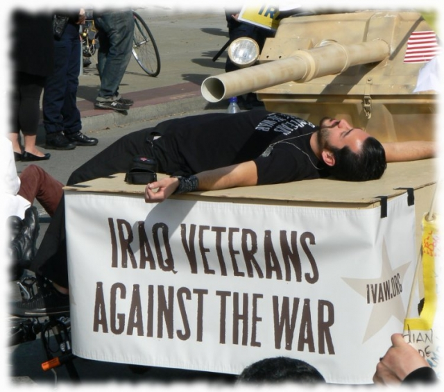 640_12_iraq_vets_against_war.jpg