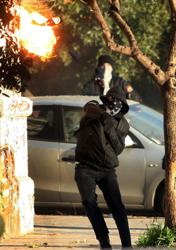gallery-riots-in-athens-a-011.jpg