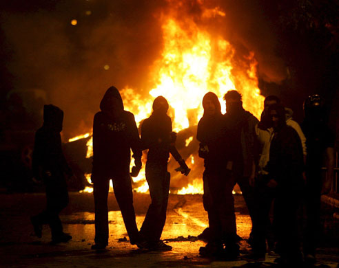gallery-riots-in-athens-r-001.jpg