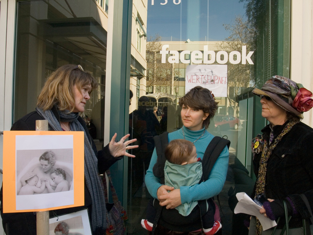 facebook-breastfeeding_12-27-08.jpg