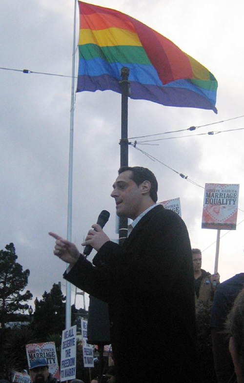 nicoletta lesbo show
