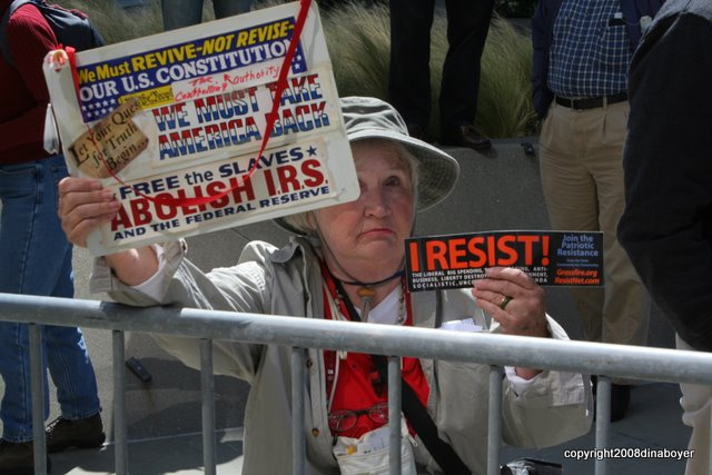 tea_party_protest_009.jpg