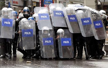 turkey-mayday-riot.jpg