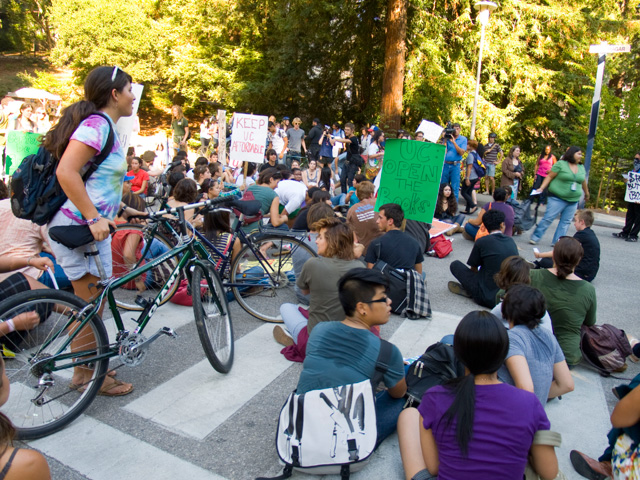 ucsc-occupation_4_9-24-09.jpg