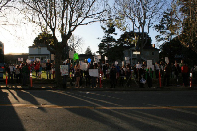 640_colton_hall_picket_line.jpg
