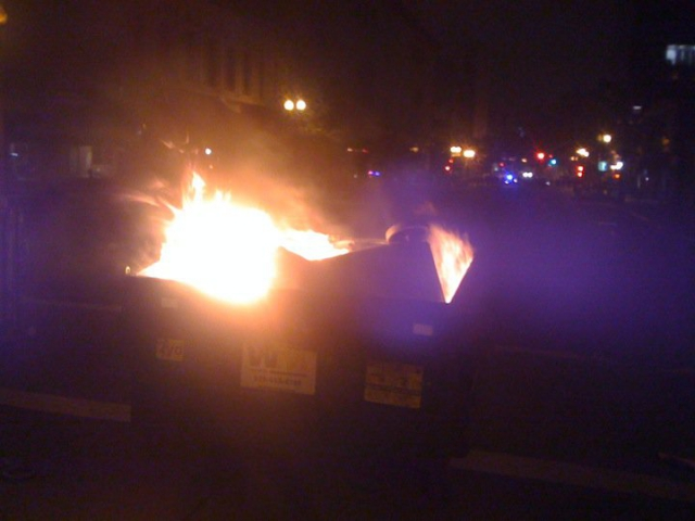 640_burning-dumpster.jpg original image ( 720x540)