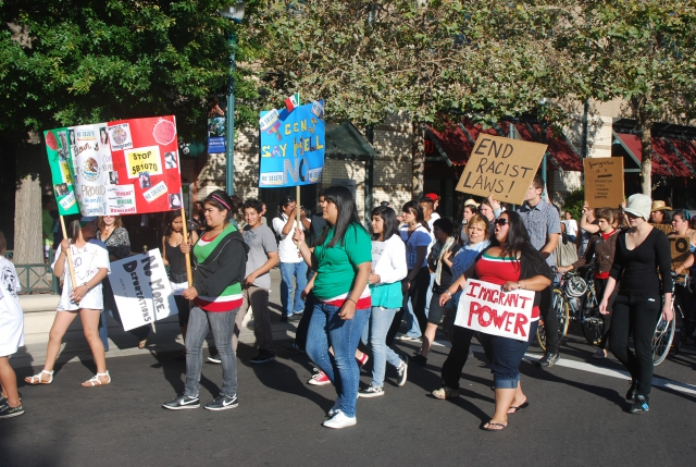 640_sb1070_protest_on_pacific_ave.jpg