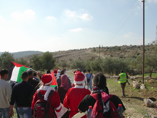 bilin_wallprotest_122410_1228.jpg