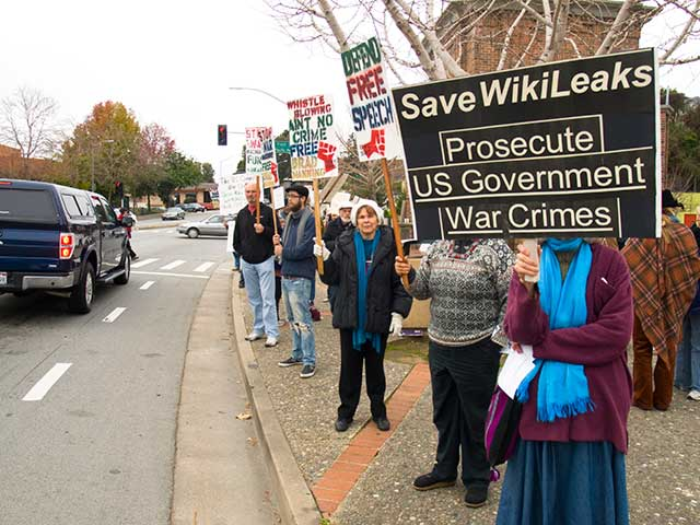 save-wikileaks_1-8-11.jpg