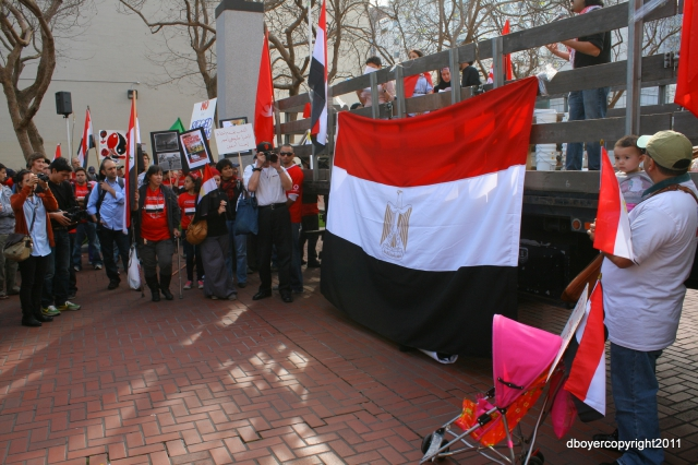 640_egyptianprotest_009.jpg