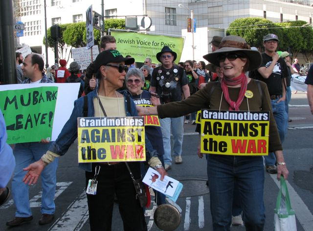 grandmothers_against_war.jpg