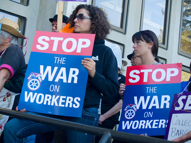 stop-war-on-workers_4-4-11.jpg