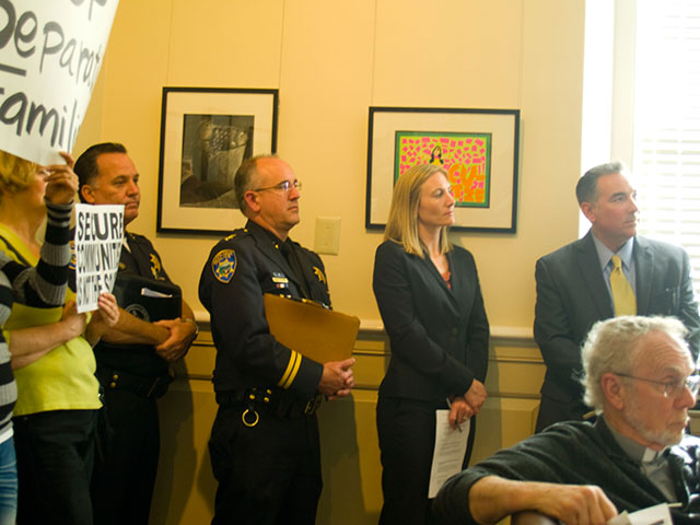 santa-cruz-police-department_5-10-11.jpg