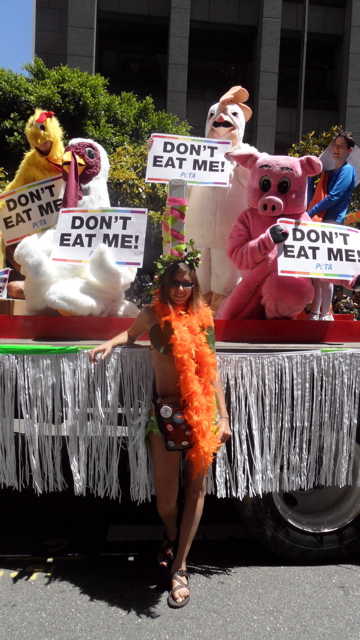 sf-pride-peta-animal_protection-vegetarian_community_contingent-062611_-_45.jpg