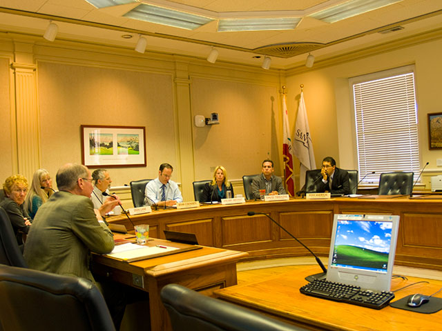 santa-cruz-city-council_8-25-11.jpg