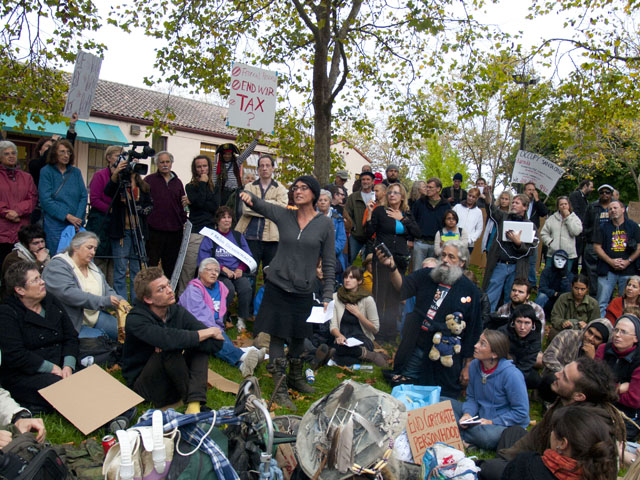 occupy-santa-cruz_13_10-4-11.jpg