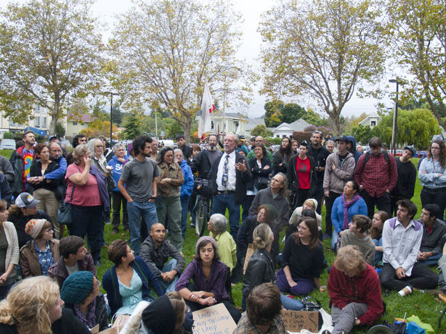 occupy-santa-cruz_15_10-4-11.jpg