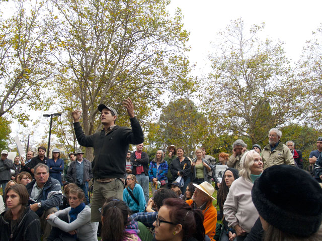 occupy-santa-cruz_9_10-4-11.jpg
