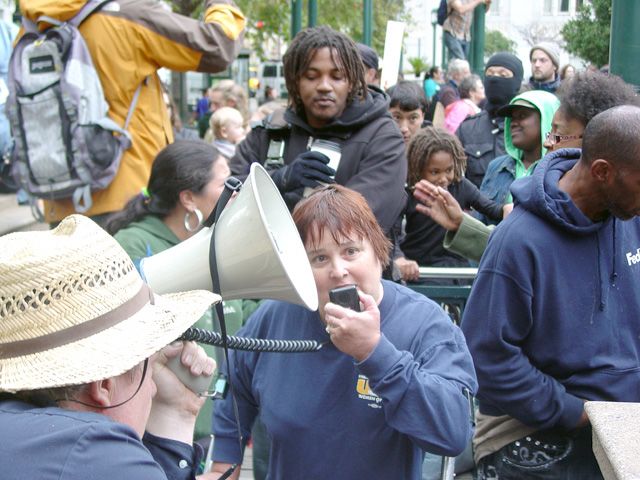 occupyoakland_day001_101011162617.jpg