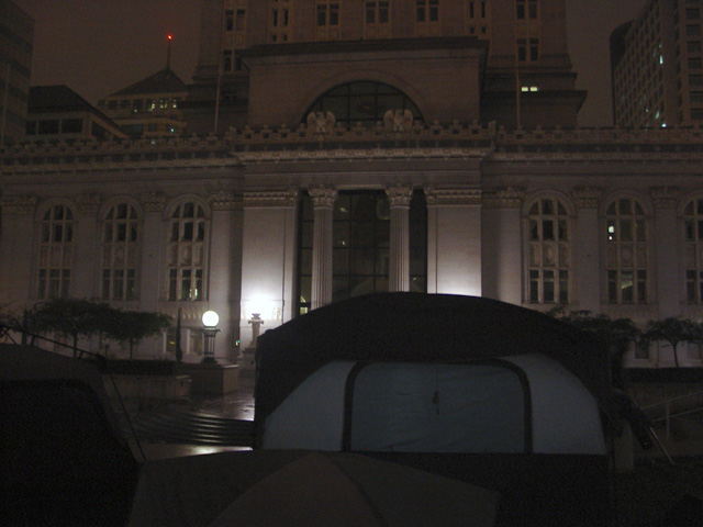 occupyoakland_day001_101011233202.jpg
