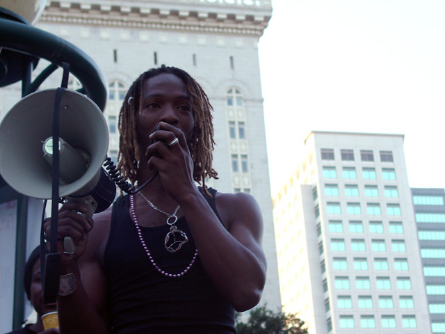 occupyoakland_day002-09_101111181518.jpg