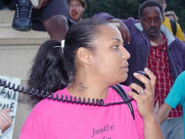 occupyoakland_day002-10_101111181755.jpg