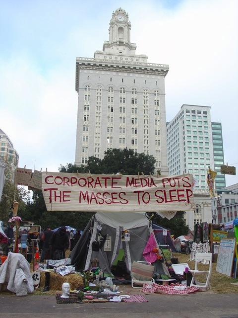 occupyoakland_day012_102111085726.jpg
