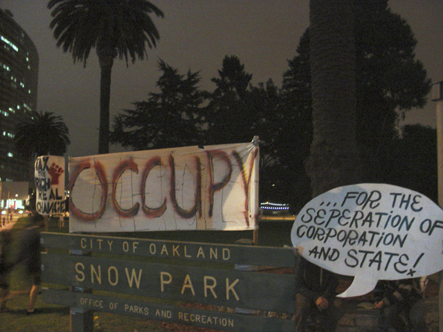 occupyoakland_snowpark-day002_101811215452.jpg