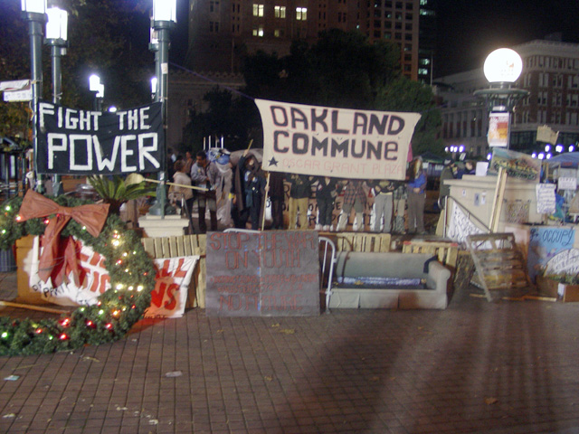 occupyoakland-day016-raid-102511044520.jpg