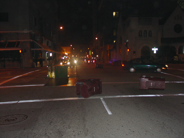 occupyoakland-day016-raid-102511060120.jpg