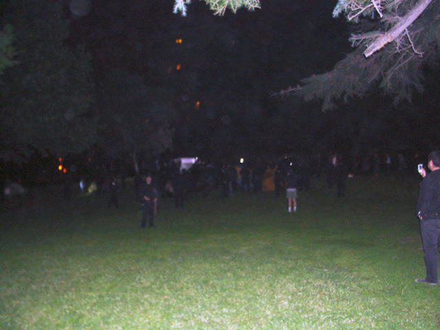 occupyoakland-day016-raid-102511061636.jpg