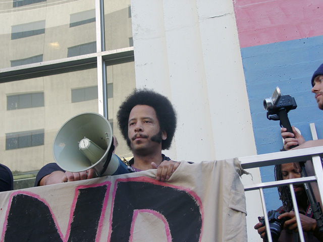 occupyoakland-day016-libraryandmarch-102511170334.jpg