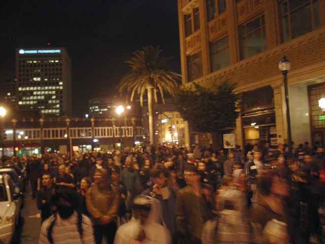 occupyoakland-day016-libraryandmarch-102511200708.jpg