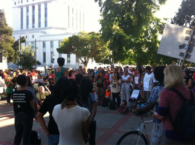 640_oakland-library-teach-in.jpg