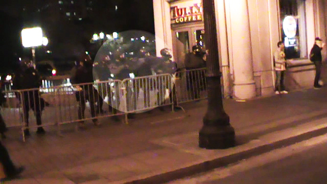occupyoakland-day016-policeattackindybay-102511.jpg